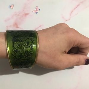 Beautiful Vintage Arm Cuff Leaves &Vines